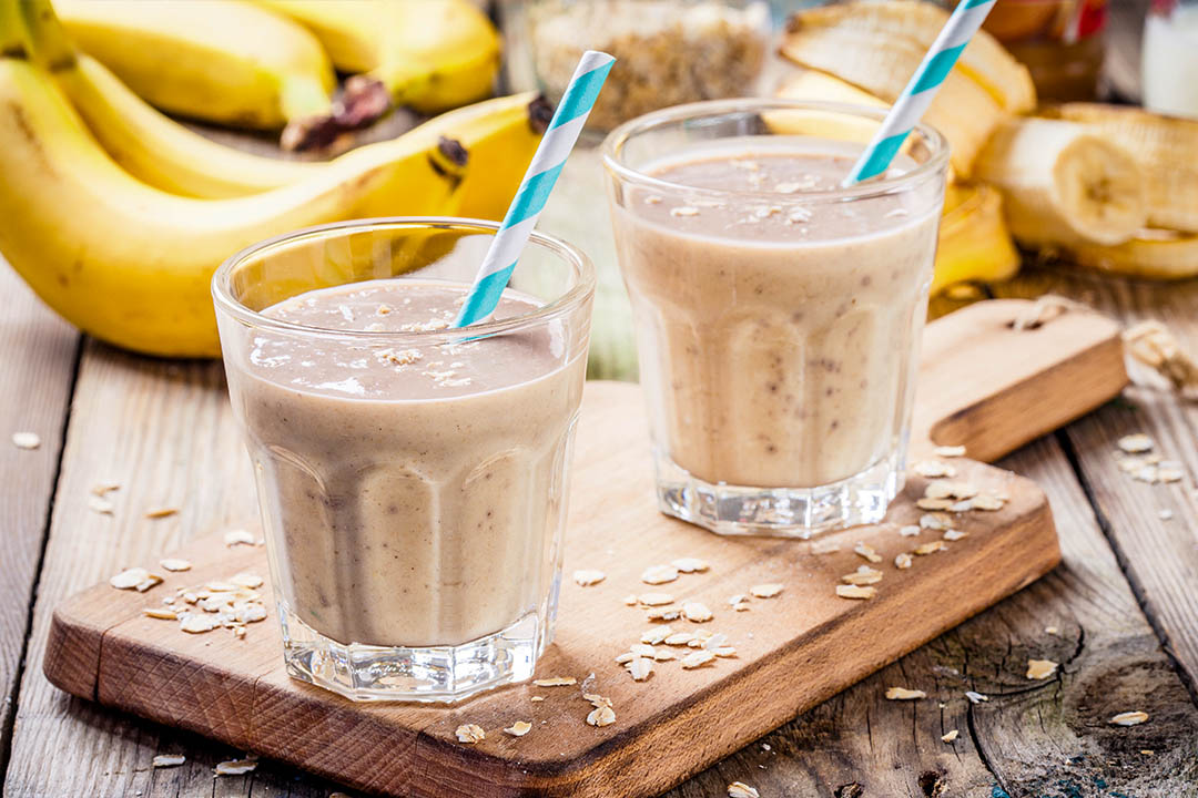 Picture of Banana smoothie with oatmeal, peanut butter and milk